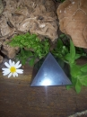 Schungit – Pyramide 70x70 mm